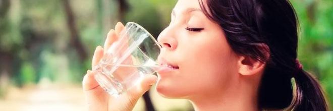 Manfaat Minum Air Putih Untuk Tubuh
