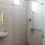 Kamar mandi guest house ambarukmo