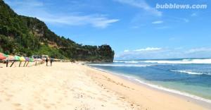 keindahan alam wisata pantai pok tunggal jogja