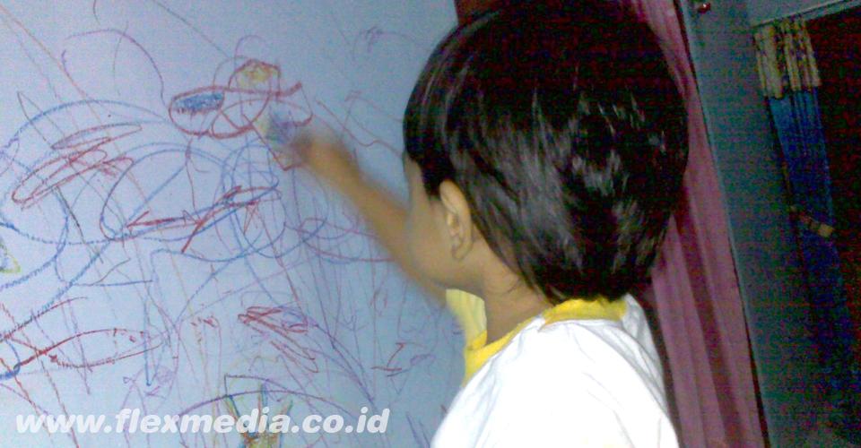 Tips Membersihkan Dinding Putih yang Terkena Noda