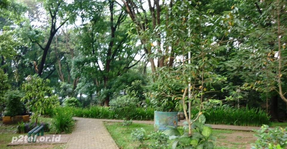 Bandung Menuju Berhiber (Bersih Hijau dan Berbunga)