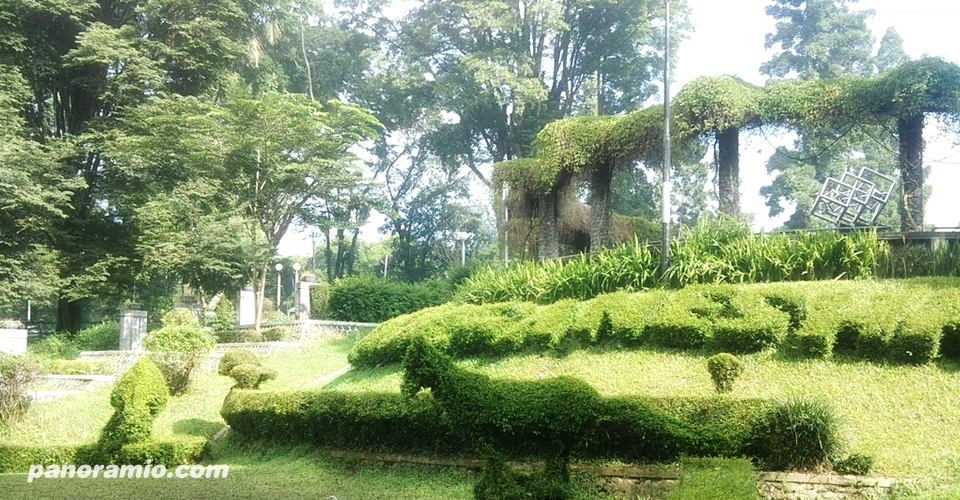 Kesejukan Taman Ganesha Bandung