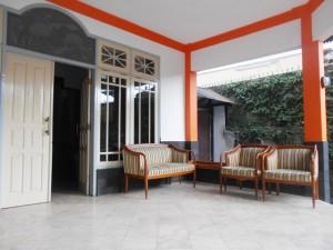 teras guest house jogja unit malioboro