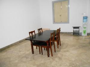 ruang makan guest house jogja unit malioboro