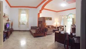Ruang Tamu dan Ruang keluarga Guest House Maliioboro