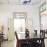 ruang makan guest house malioboro