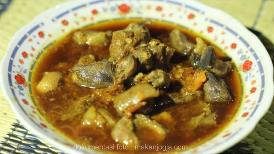 Wisata Kuliner Jogja Murah dan Enak Entok Slenget dari Turi Jogja