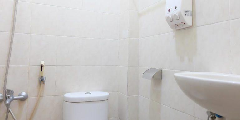 05_toilet
