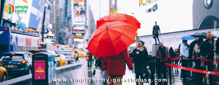 Tips Travelling Seru Saat Musim Hujan dengan 10 Tips Ini