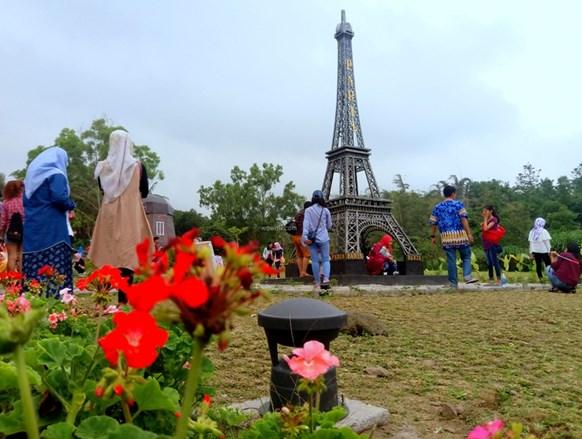 taman miniatur dunia